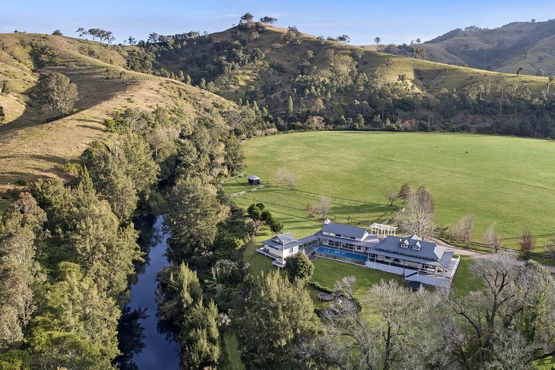 Lodge at Mount Rivers - Gresford Hunter Valley, holiday rental in Fosterton