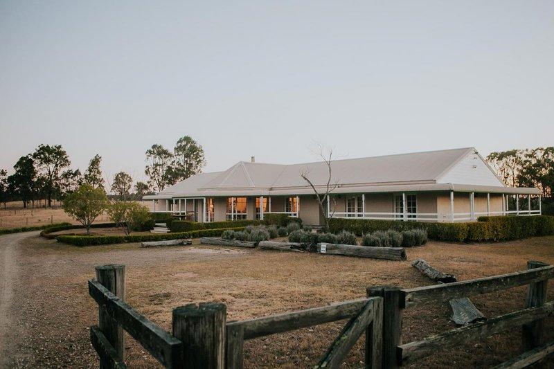 Corunna Station 8 Bedrooms - Pokolbin Hunter Valley, alquiler de vacaciones en Singleton