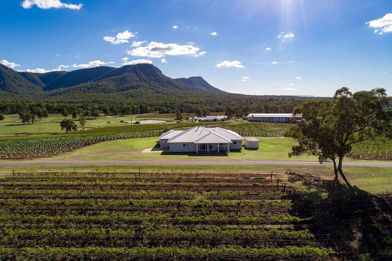 Hunter Valley Accommodation - The Gate House at Leogate Estate Wines - Pokolbin Hunter Valley - all