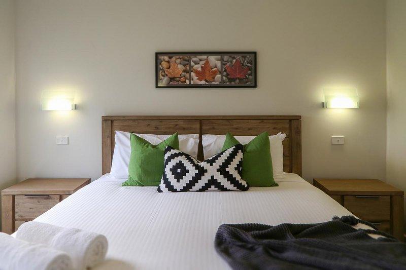 Hunter Valley Accommodation - Ironbark Villa 6 - Pokolbin - Bedroom