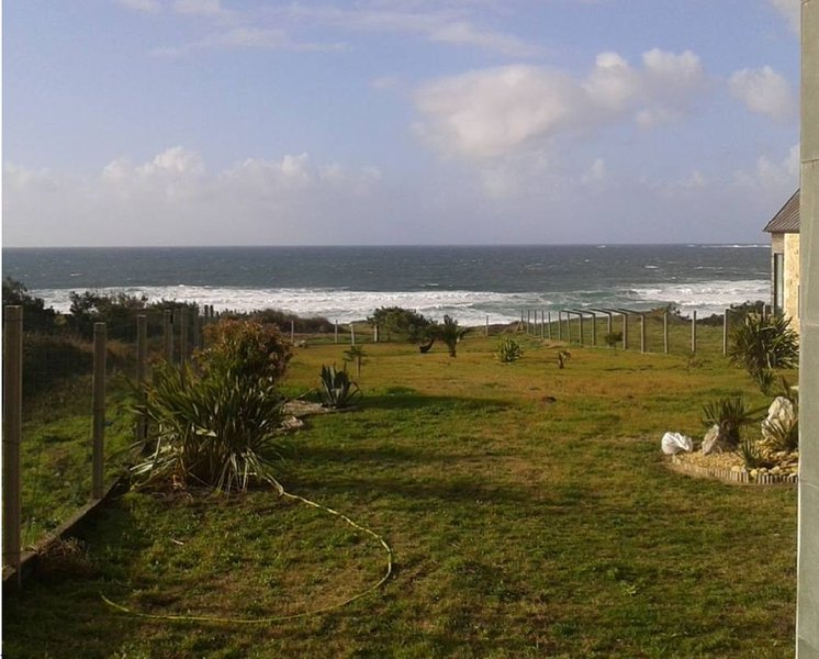 House - 3 Bedrooms with Sea views - 102253, vacation rental in Aguino