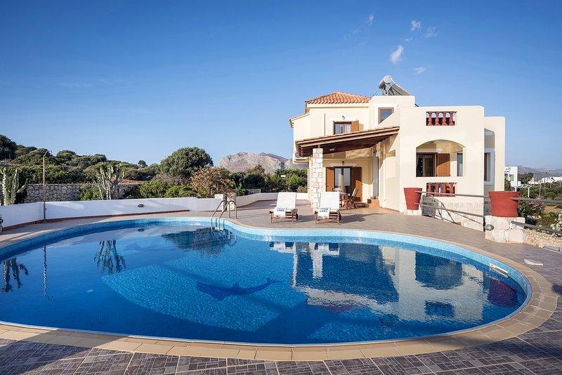 Sea View 3 Bedroom Villa, holiday rental in Tersanas