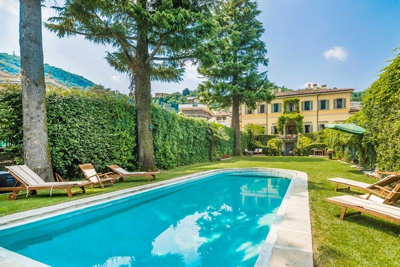 Villa Galante Villa Galante + Rustic Apartment for 22+1, holiday rental in San Fermo della Battaglia