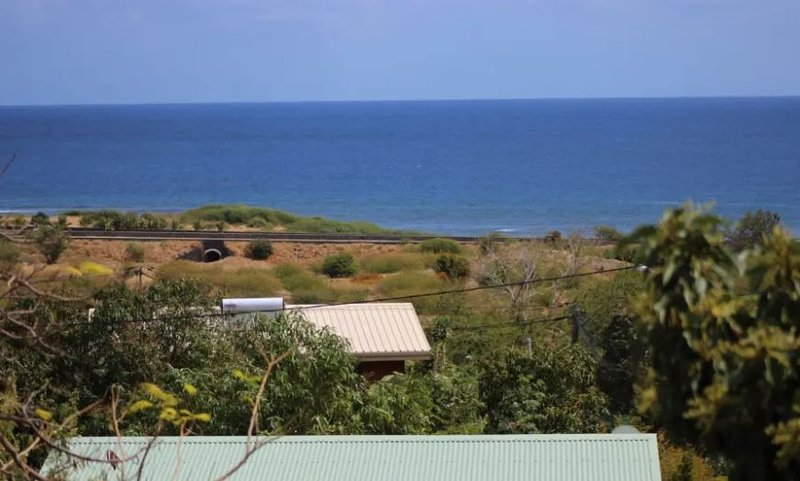 Nice house with sea view & terrace, holiday rental in Piton Saint-Leu
