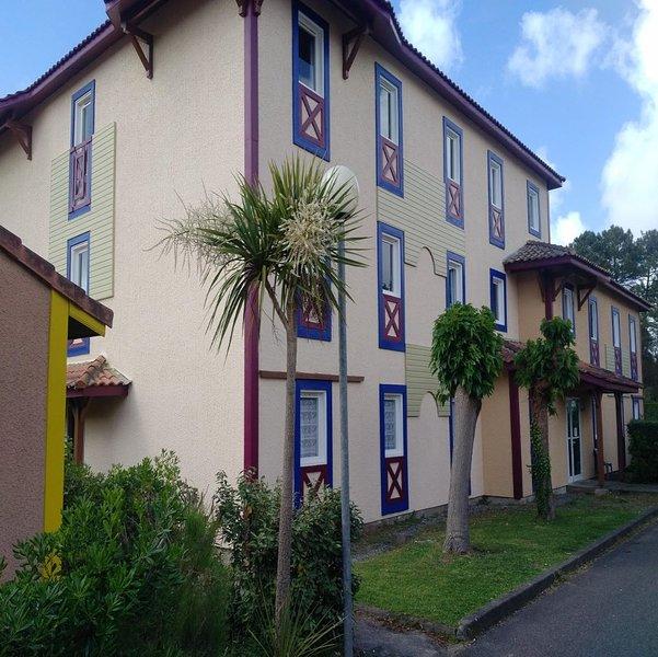 Villas du Lac 2.1 - 1 Bed Apartment Adventure Activities South West France Coast, vacation rental in Vieux-Boucau-les-Bains