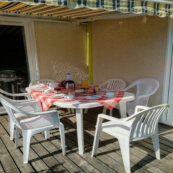 Villas du Lac 29 - Quality 3 Bed Villa near Sandy Beaches, South West France, vacation rental in Vieux-Boucau-les-Bains