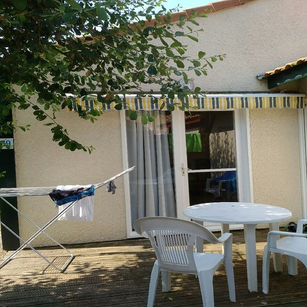 Villas du Lac 59 - Quality 1 Bed Villa in Well Equipped Resort South West France, vacation rental in Vieux-Boucau-les-Bains