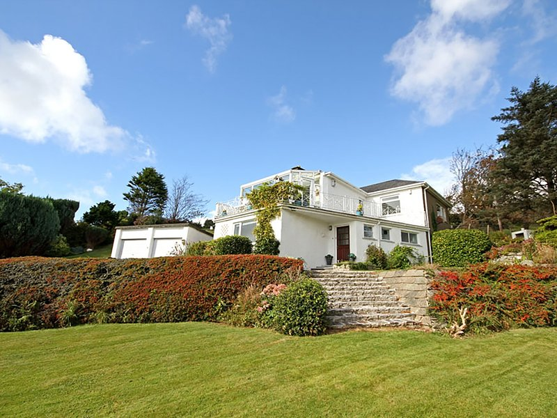 SWN Y GWYNT, 3 Bedroom(s), Pet Friendly, Criccieth, vacation rental in Garndolbenmaen