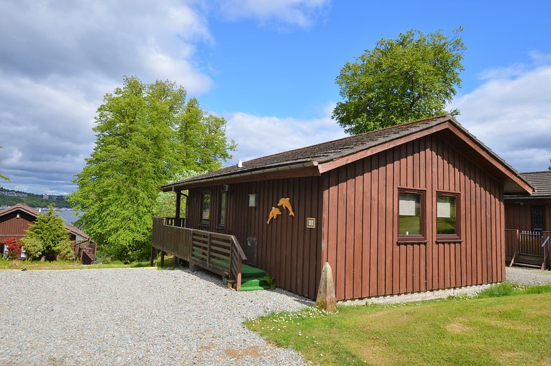 Dolphin Run Lodge, quiet location, newly refurbished, pet friendly, holiday rental in Blairmore