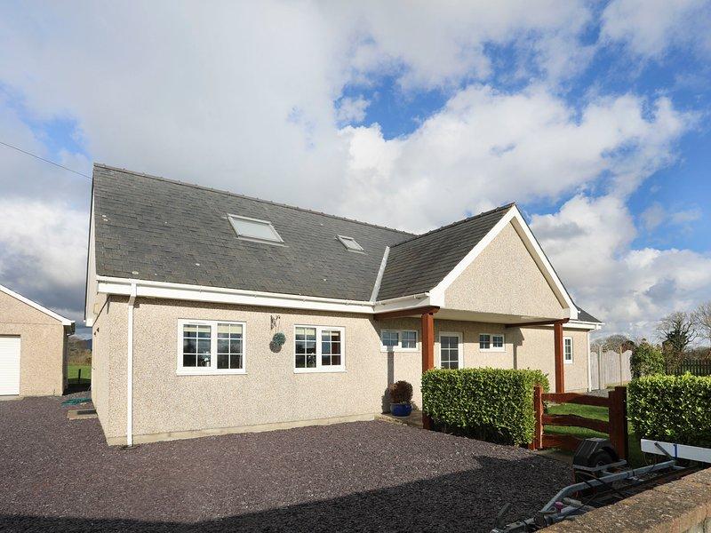DWYROS, 4 Bedroom(s), Pwllheli, holiday rental in Efailnewydd
