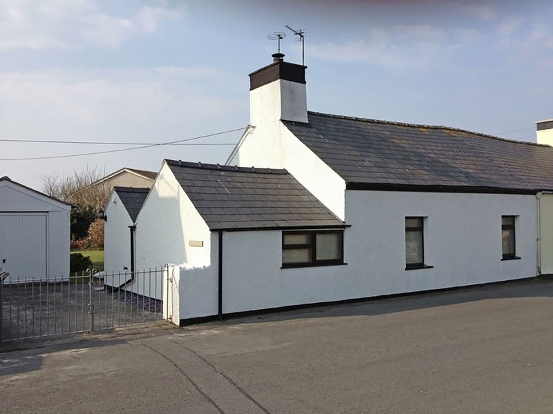 Tyddyn Serri, Rhosneigr, location de vacances à Aberffraw