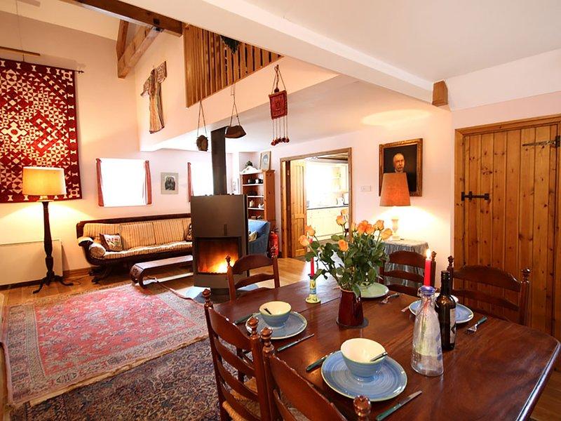 LLO BACH, 2 Bedroom(s), Pet Friendly, Abergele, location de vacances à Gwytherin