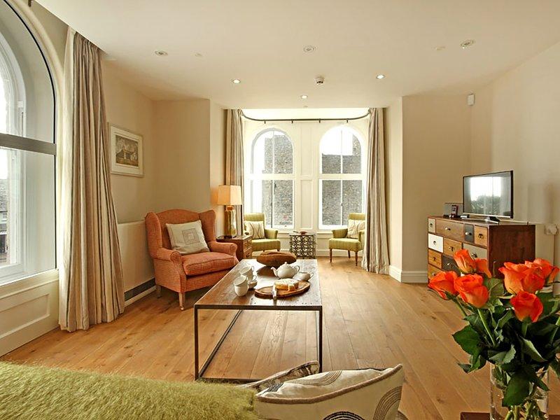 HARLECH 2 - BENDIGEIDFRAN, 1 Bedroom(s), Harlech, holiday rental in Llanfair