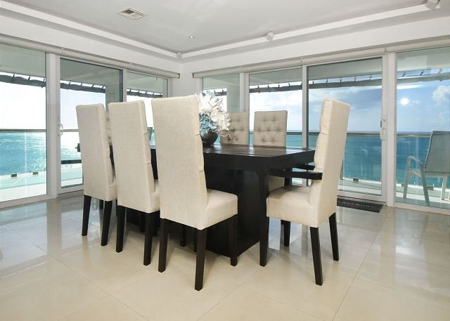Stunning 6th floor luxury condo!! Large wraparound terrace - Palmar 6A, holiday rental in Cozumel