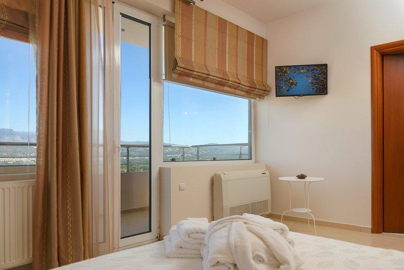 Luxury Maisonette South Crete, Ferienwohnung in Mires
