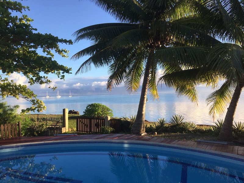 #5 Beach Villa Bliss by TAHITI VILLAS, holiday rental in Vaiare