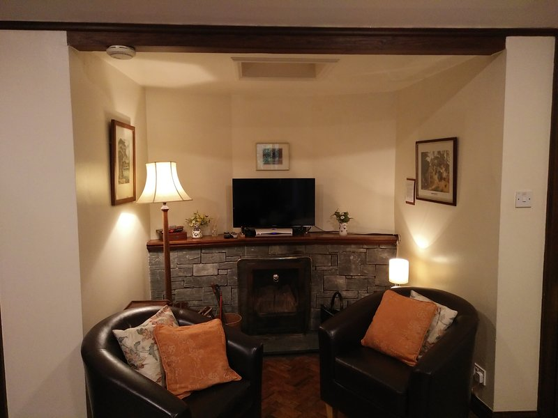 Ladywood Lodge - Recently Renovated Cottage in Woodland Gardens, holiday rental in Lake District