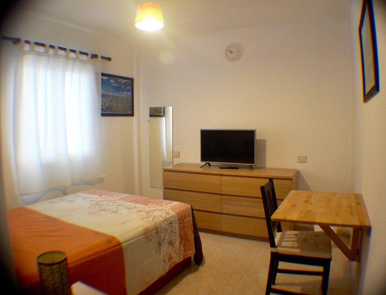 Habitacion Cuba, vacation rental in Vecindario