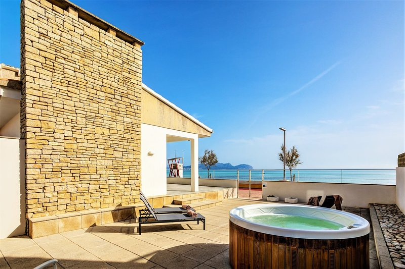 Beach Villa Can Siquier, holiday rental in Ca'n Picafort