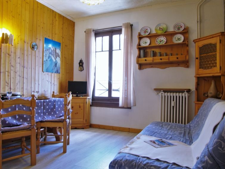 Photo of 1 bedroom Apartment with WiFi and Walk to Shops - 5051292
