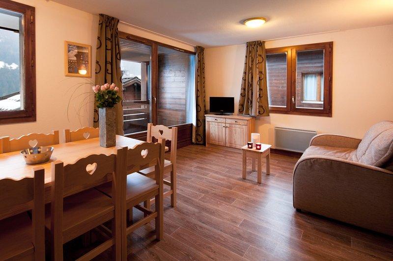 ¡Siéntate y relájate en nuestro acogedor apartamento en Hauteluce!