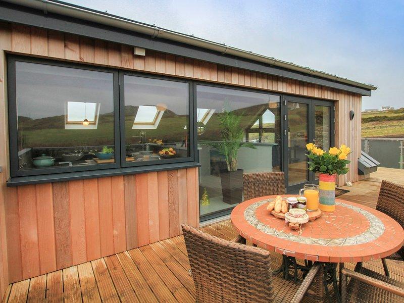 YSBRYD Y MYNYDD, 2 Bedroom(s), South Stack, vacation rental in Holyhead