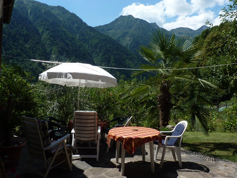 Ferienappartement in Bergdorf im Valle Antrona, holiday rental in Calasca Castiglione