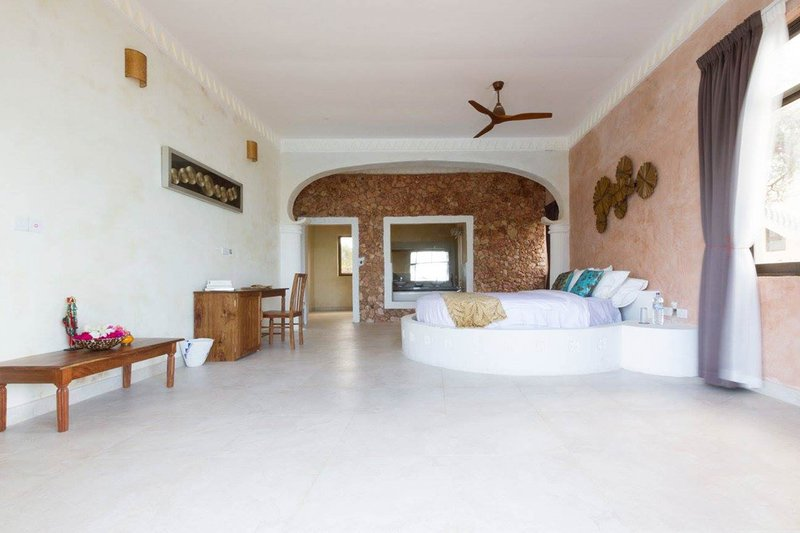 A great choice for your Honeymoon, holiday rental in Uroa