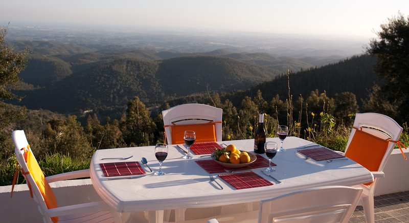 Cottage in the mountains, casa vacanza a Monchique