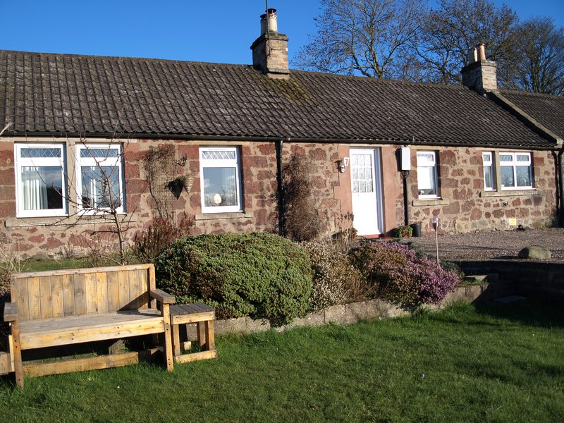 Kilbride Cottage - a traditional Scottish farmworkers' cottage.