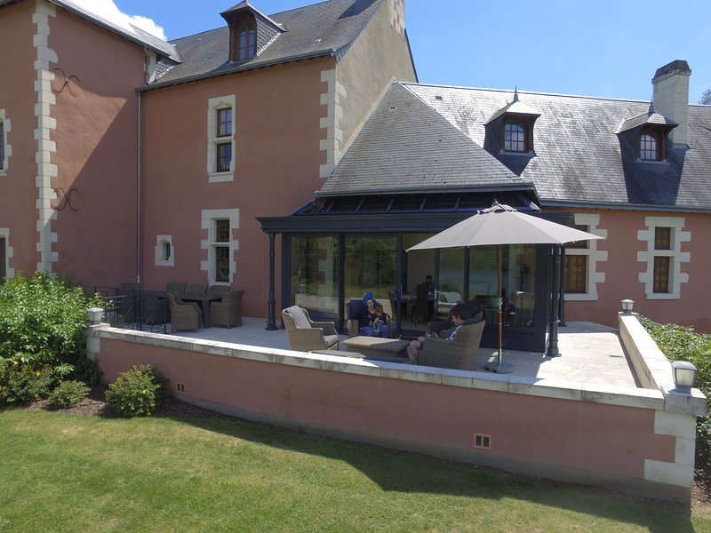 Chateau de Vau Rozet, holiday rental in Continvoir