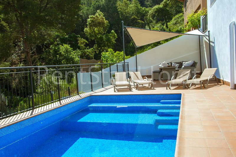 HOUSE SANTA CRISTINA WITH PRIVATE POOL, holiday rental in Blanes