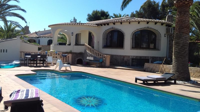 Casa Perla, Luxury Villa with heated pool and games room