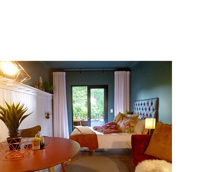 Urban Hideaway, holiday rental in Green Point