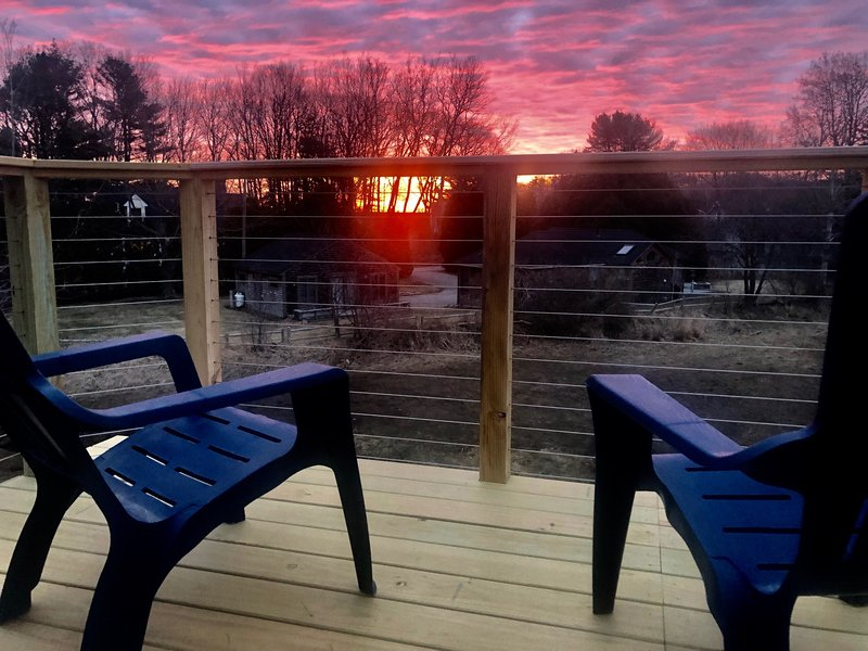 Break of Dawn at 15 Mills Rd., a fully Renovated Cottage., vacation rental in Kennebunkport