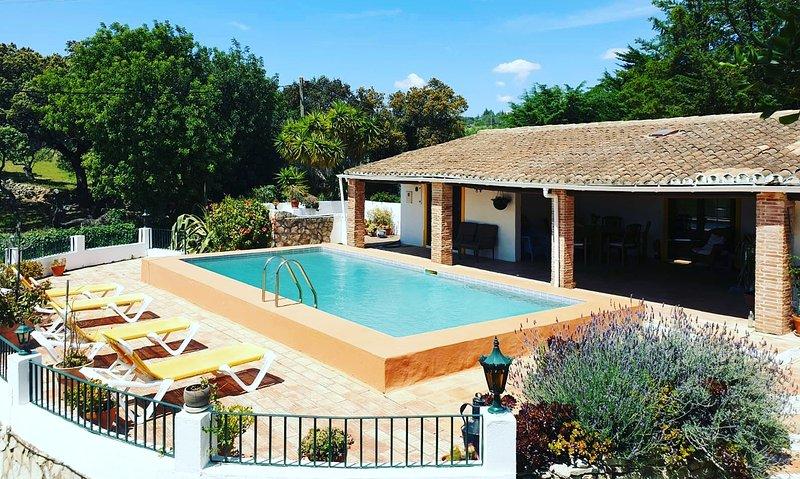 La Quinta - Chambres d'hôtes en Algarve - Location Maison, holiday rental in Alfarrobeira