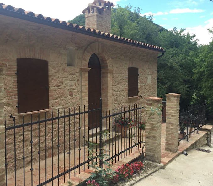Casa nel sentiero, holiday rental in Avacelli