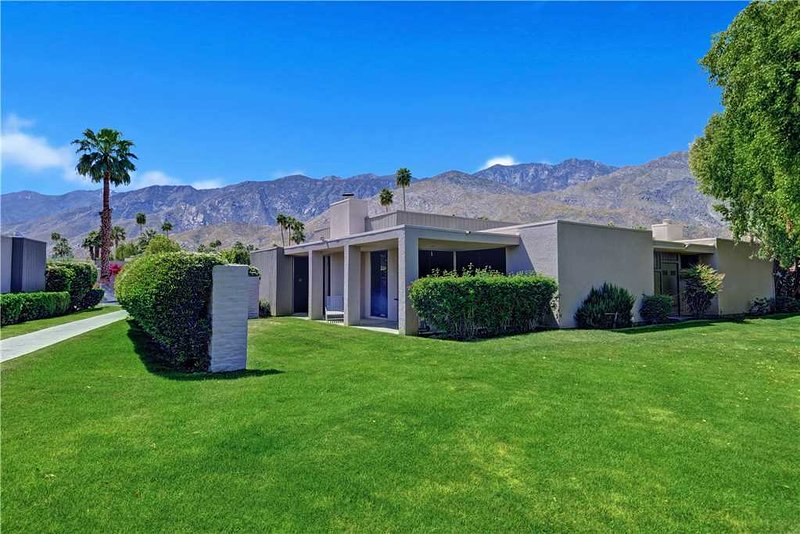 Canyon South Villa, alquiler de vacaciones en Greater Palm Springs