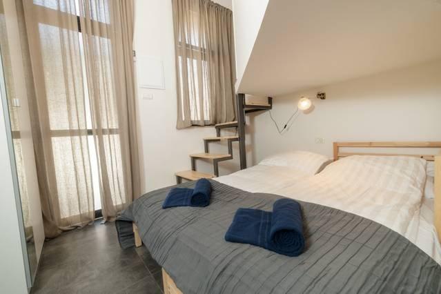 ★Sweet&Stylish Studio 5min 2Market/Prime Location★, holiday rental in Binyamin Region