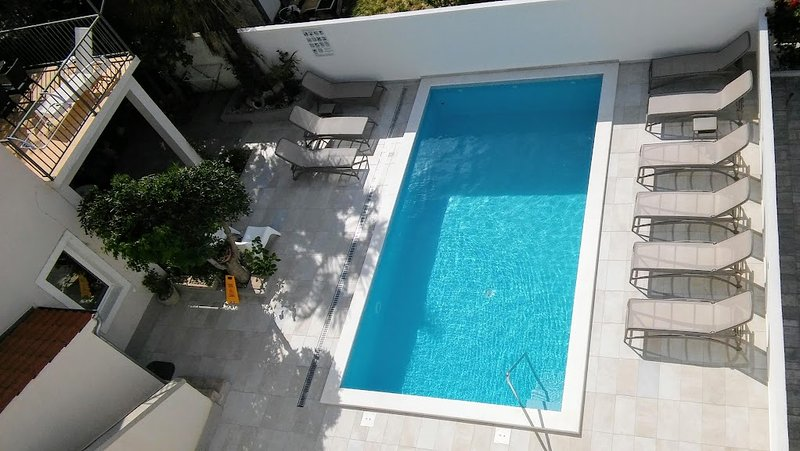 Delux apartment,sea view,pool,gym,by the beach-Seaside villa,top location,Vodice, holiday rental in Vodice