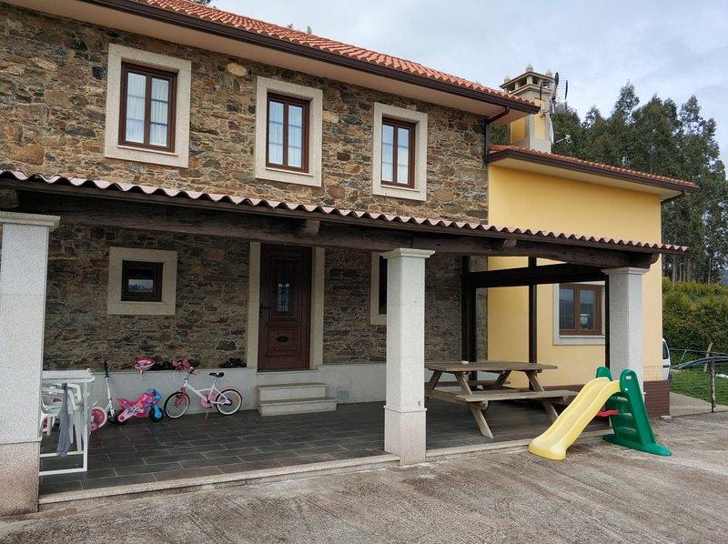 Casa rural cedeira, holiday rental in Puentes de Garcia Rodriguez