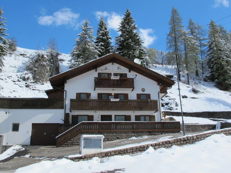 2 bedroom Apartment with WiFi and Walk to Shops - 5793530 Chalet in Campitello di Fassa