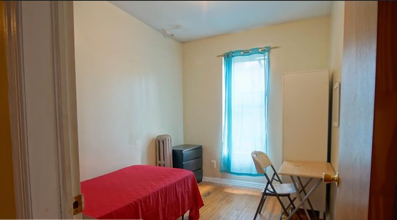 Eastern Parkway – Budget Single Room 3, aluguéis de temporada em Snyder Square