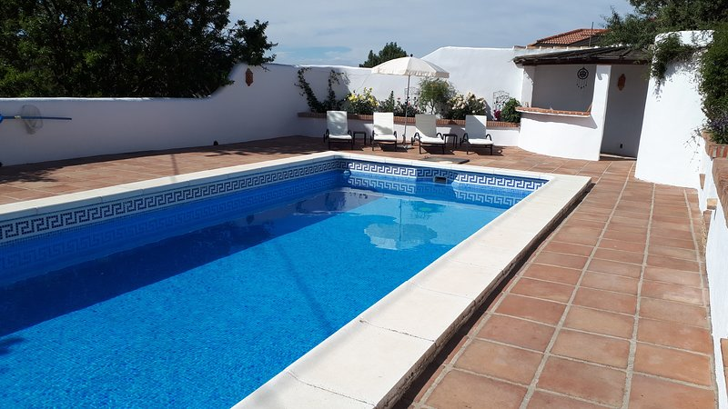 Cortijo Los Almendros, holiday rental in Riofrio