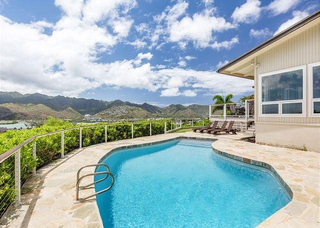 New Listing! Ocean-View Hale Maunalua Hillside Hideaway - Pool, Walk to Beach, holiday rental in Hawaii Kai