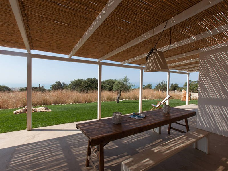 Casa Riola Villa Sleeps 6 with Pool and WiFi - 5247463, holiday rental in Sampieri