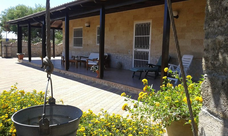 Nice house with sea view & garden, alquiler vacacional en Capilungo
