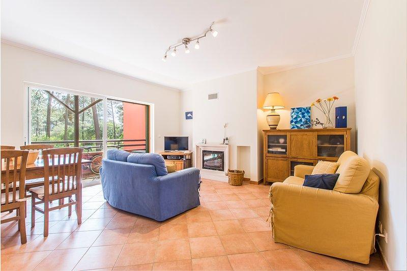 Apartment Anibal - New!, aluguéis de temporada em Charneca da Caparica