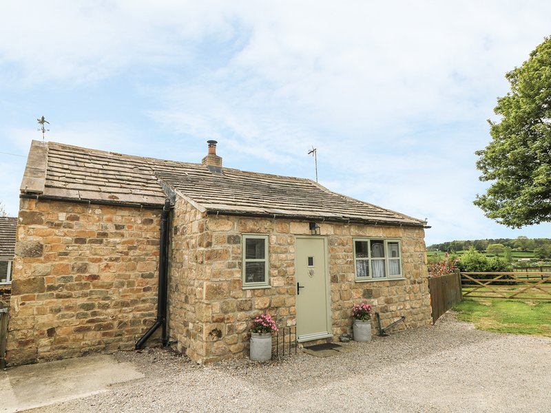 IVY COTTAGE detached cottage, romantic, views, woodburning stove, walks, in, vakantiewoning in Grewelthorpe