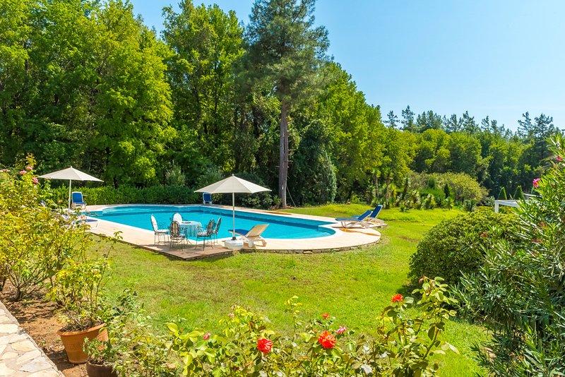 Hisaronu Villa Sleeps 6 with Pool and Air Con - 5800410, holiday rental in Hisaronu